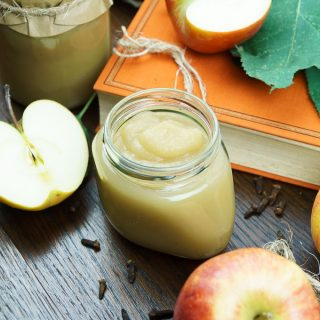 Home Made Apple Sauce Without Added Sweetener (And a Simple Method of Preservation)